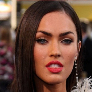 megan-fox-acne-scars